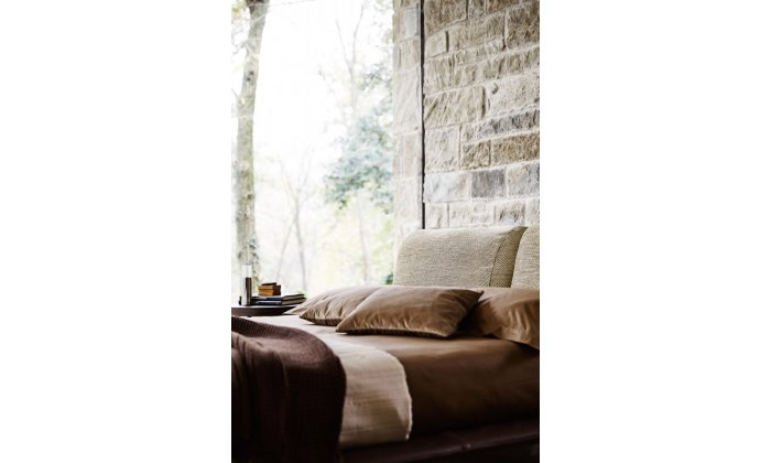 Современная кровать Ditre Italia Kanaha